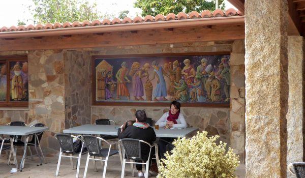 Mesón Museo Xente no Camiño, en el Inglés: no hay en el mundo otro igual
