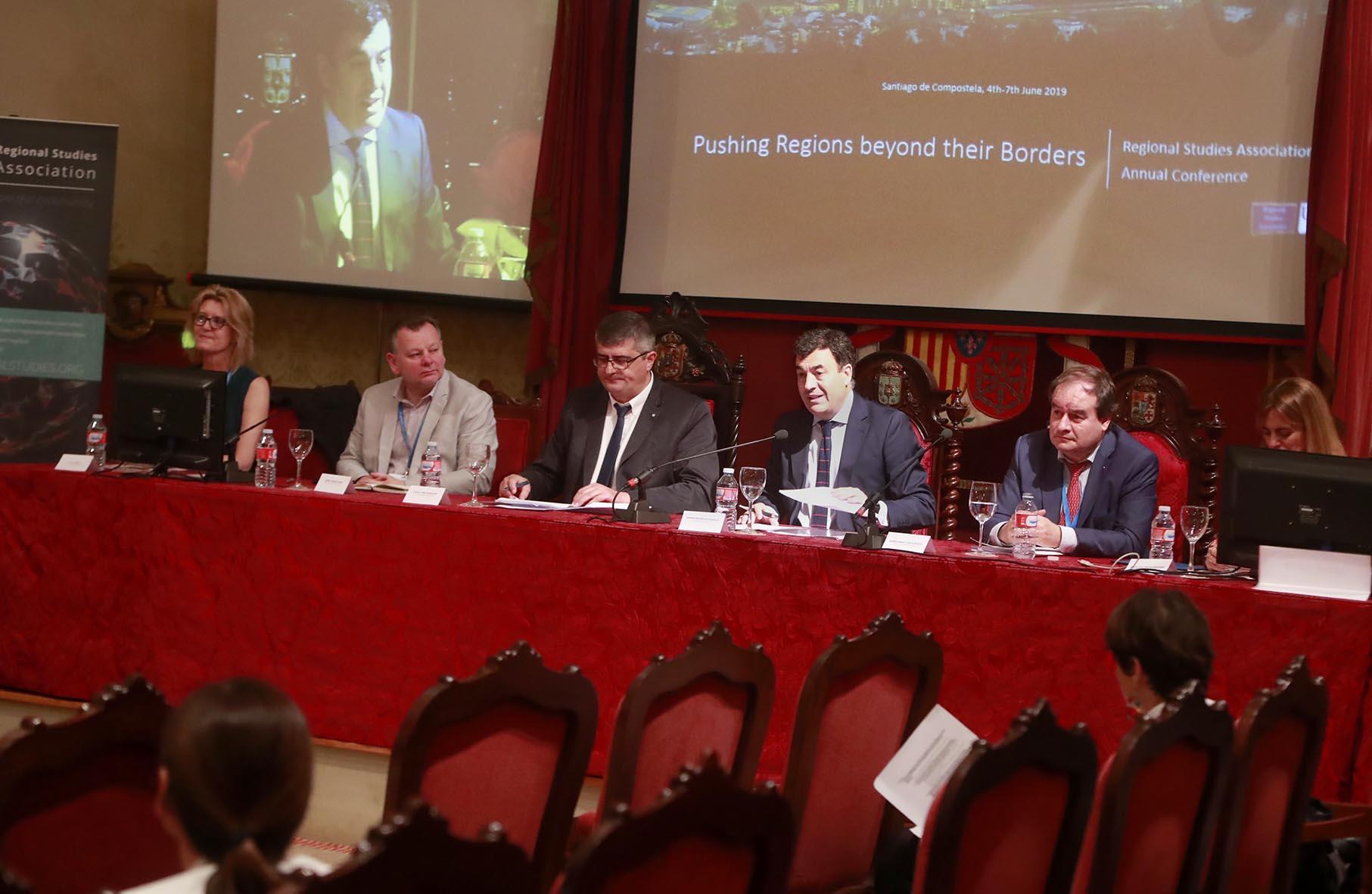 O conselleiro de Cultura e Turismo, Román Rodríguez, participa na inauguración da Annual Conference of Regional Studies Association.