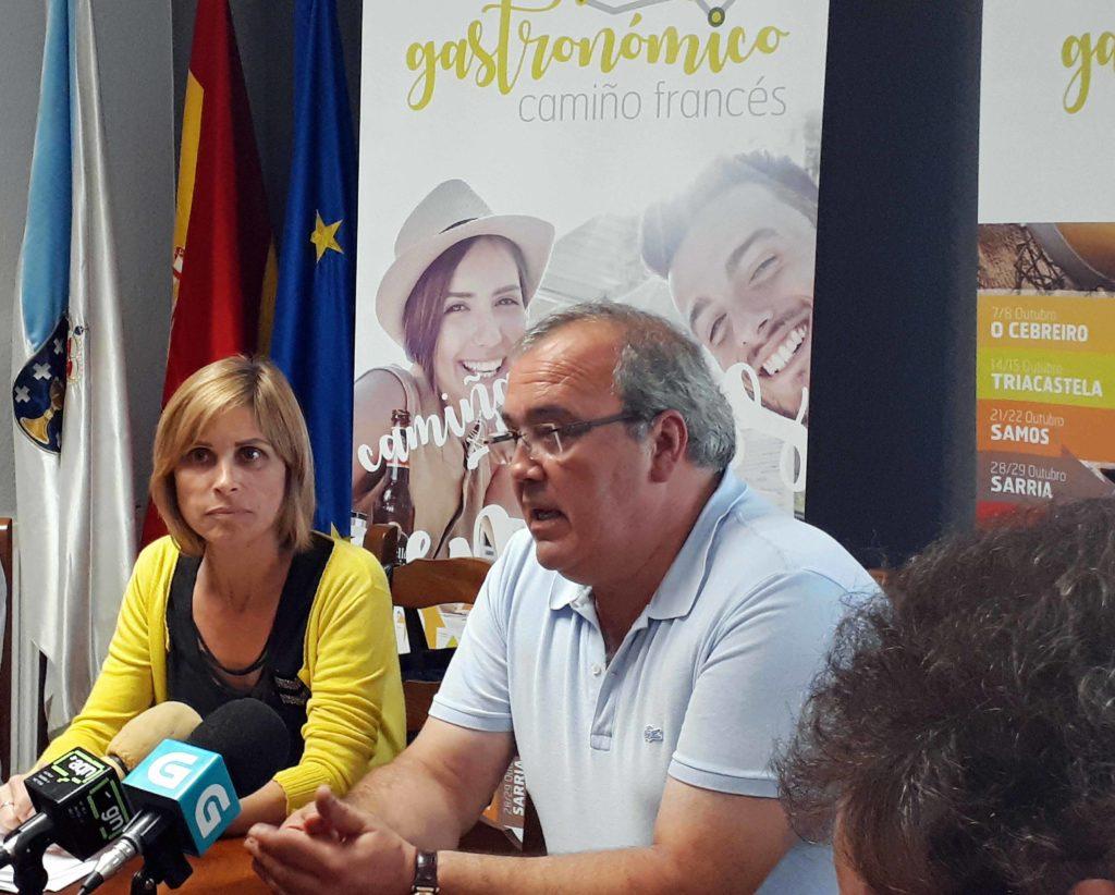 NAVA CASTRO ASIGNA UN CONVENIO DE COLABORACIÓN CO PRESIDENTE DA MANCOMUNIDADE DE CONCELLOS GALEGOS DO CAMIÑO FRANCÉS